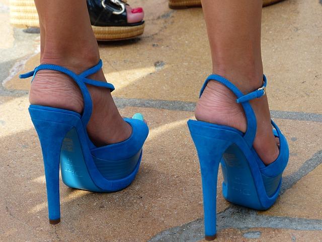 modrá dámská obuv