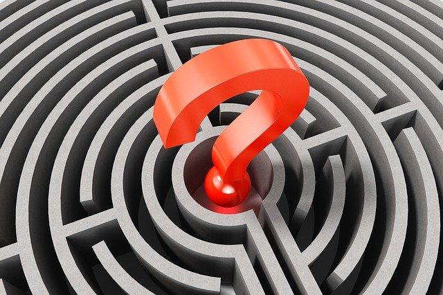 otazník v labyrintu.jpg
