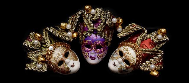 karnevalové masky.jpg