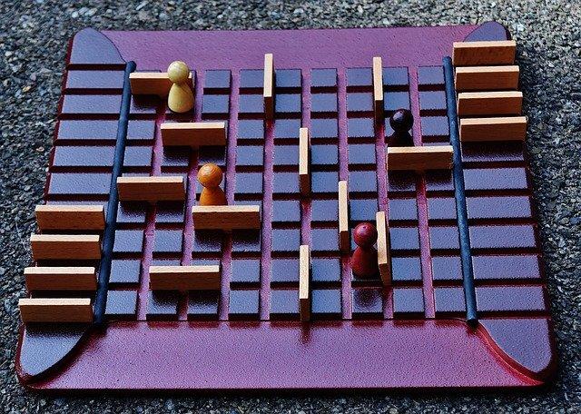 dřevěná hra.jpg